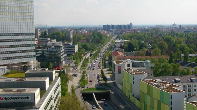 代理店会議開催ホテル窓からのミュンヘン郊外